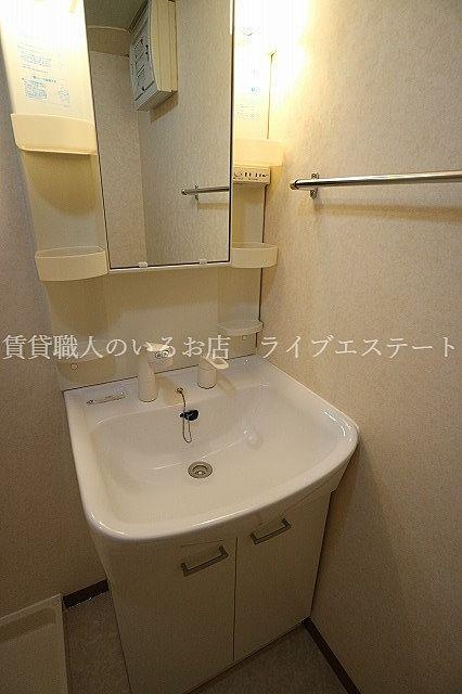 気になったらいつでもシャンプー!洗面ボウルのお掃除もしやすいです