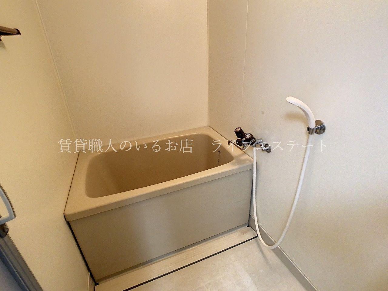 お湯がたくさん必要なく、浴室が寒くなりにくい