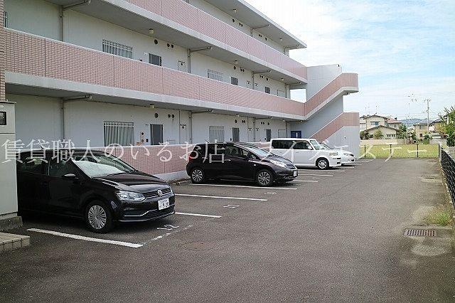 敷地内駐車場駐車場