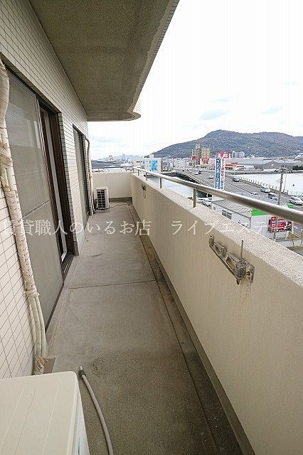 お部屋は11階なので眺望はいいですよ!(同タイプ503号室の参考写真です)