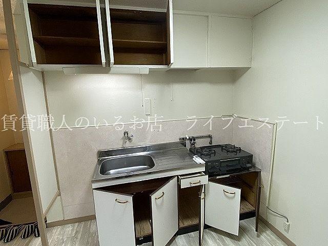 TVモニターホン、追炊きバス、シャワートイレ、シャンプードレッサーなど嬉しい設備も
